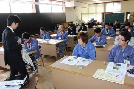 日本農業新聞から講師を招き、写真の撮り方や、記事の書き方を教わりました(^_^)