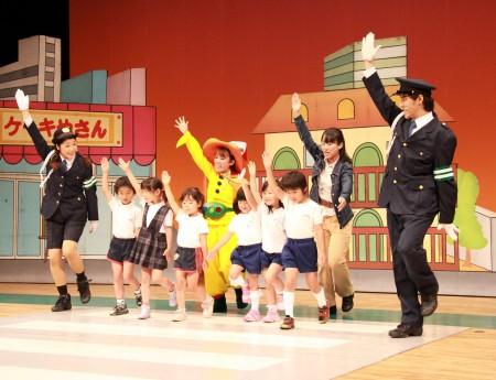 そして手をあげて渡りましょう!(^o^)