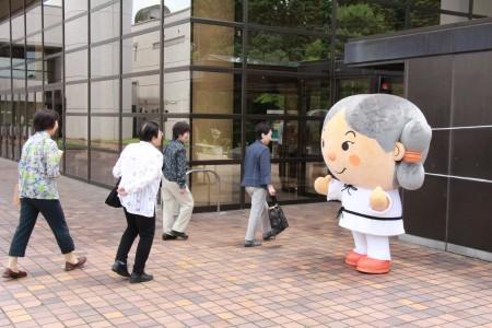 夢彦君がお出迎え(^_^)