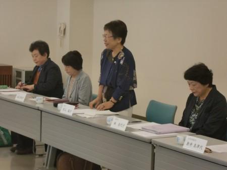 女性部活動についてJAに協力依頼する村上女性部長