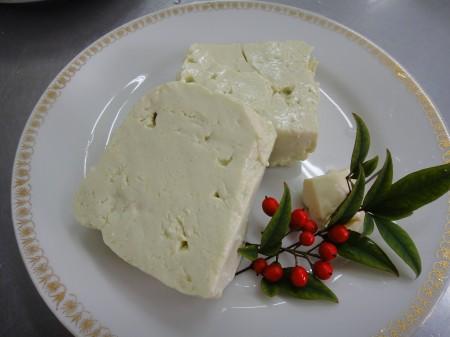 薄緑のきれいな豆腐の出来上がり(*^^)v