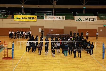 管内の綾部市・福知山市そして今年からは舞鶴市も加わり、12チーム150人の選手が参加(^_^)