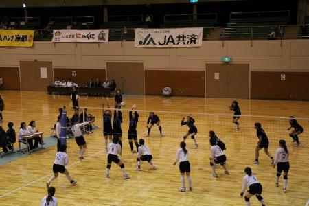 9人制ですが迫力あります。全日本女子さながらです(>_<)