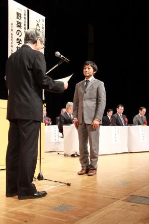 にのくに農畜産物品評会 万願寺甘とうの部 1位の添田潤さん