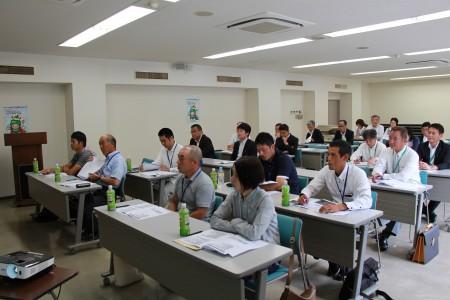 熱心に受講する生徒さんとJA役職員(^O^)