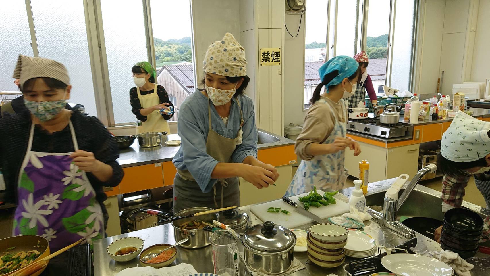 料理教室~万願寺甘とう・紫ずきんを使って~フレミズグループ